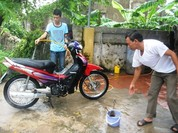 Video: Những điều cần nằm lòng khi tự rửa xe máy tại nhà