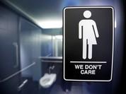 Tổng thống Obama bị kiện vì luật toilet cho người chuyển giới