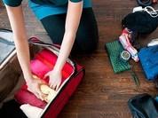 Video: Mách bạn cách xếp 100 món đồ vào vali nhỏ gọn