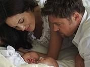 """Video: 12 năm mặn nồng của """"ông bà Smith"""" Angelina Jolie và Brad Pitt"""