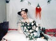 Bồi hồi ngắm lại những tấm ảnh cưới 20 năm có lẻ