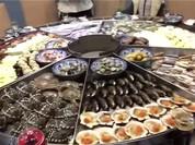 Video: Choáng với nồi hấp hải sản khổng lồ giá 120 USD
