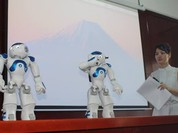Việt Nam mua robot để dạy tiếng Anh cho sinh viên