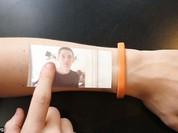 (video) Cicret Bracelet - vòng tay hiển thị hình ảnh trên da tay