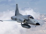 F-5 từ Việt Nam không chiến với MIG-21