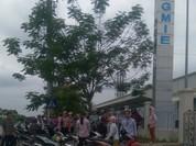 """Hàng trăm công nhân tại Bắc Ninh bất ngờ bị """"bỏ rơi"""""""