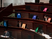 """Hồng Kông bác kế hoạch cải cách bầu cử """"thân"""" Trung Quốc"""