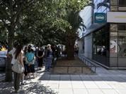 Toàn bộ các ngân hàng Hy Lạp đóng cửa, NĐT bán tháo euro, mua USD, tích vàng