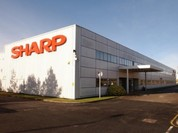 """S&P: Tập đoàn Sharp đang ở trong tình thế """"vỡ nợ có lựa chọn"""""""
