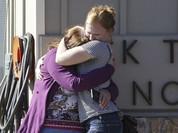 Xả súng tại trường học Mỹ, 10 người chết