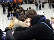 Bị khủng bố, CĐV Pháp hát quốc ca khi rời sân Stade de France
