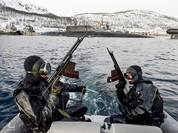 Video đặc công nước của Nga tập luyện bảo vệ căn cứ tàu ngầm