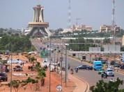 Video đấu súng, bắt giữ con tin tại khách sạn ở thủ đô Burkina Faso
