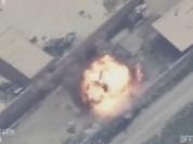 """Clip bị trúng bom Mỹ, kho tiền của IS nổ tung """"như pháo hoa"""""""