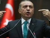 """Thổ ghen vì Mỹ """"tình cảm"""" với người Kurd"""