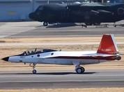 Video Nhật Bản thử nghiệm máy bay tàng hình trên mặt đất