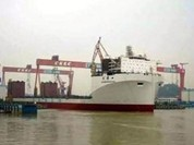 Trung Quốc ra mắt tàu vận chuyển tăng phạm vi tác chiến biển