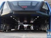 'Xe buýt bay' Trung Quốc đắp chiếu hai tháng do cạn tiền