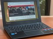 """Microsoft tái khởi động cuộc chiến """"dumb laptop"""""""
