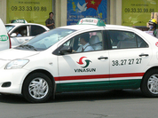 Vinasun đang chịu áp lực quá lớn từ Uber, Grab: Phải cắt giảm 300 xe taxi, tự đặt mục tiêu lợi nhuận giảm tới 35%