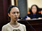 Hoa hậu Phương Nga: 'Ông Mỹ dọa cho bắt tôi tội bán dâm'
