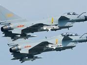 Chiến đấu cơ Hải quân Trung Quốc rơi, lao vào nhà máy