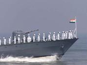 Bộ trưởng Quốc phòng Ấn Độ thăm Việt Nam thúc đẩy hợp tác quân sự