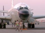 Chiến đấu cơ Trung Quốc áp sát máy bay Mỹ ở Biển Hoa Đông