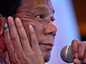Tổng thống Philippines Duterte nói có kế hoạch thăm Nga