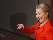 """FBI điều tra vụ email, bà Hillary gặp thử thách hay """"vận may lớn"""" ngay trước thềm bầu cử?"""