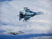 Máy bay Nga áp sát máy bay liên quân Mỹ trên không phận Syria