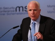 Thượng nghị sỹ John McCain nói chính quyền của ông Trump đang hỗn loạn