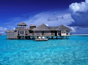 Choáng ngợp khung cảnh như thiên đường của khách sạn tốt nhất thế giới
