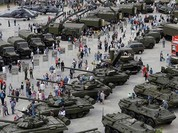 Việt Nam mua vũ khí Nga: Khách hàng tốp ba