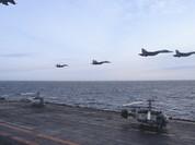 Tàu sân bay Nga xuất chiến, hộ vệ hạm nã tên lửa vào phiến quân Syria