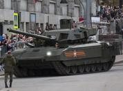 """Mỹ """"ớn"""" siêu tăng Armata và xe bọc thép Nga"""