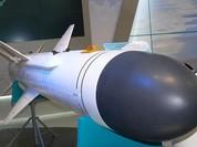 """Hung thần Kh-35UE Nga tấn công theo """"bầy"""", chiến hạm địch khó thoát"""