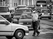 Cảnh sát giao thông vui tính tại Châu Phi