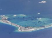 Trung Quốc nổ súng trước tàu Philippines, dọa bắn máy bay Úc