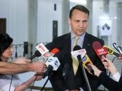 Sau scandal động trời, 3 bộ trưởng Ba Lan phải từ chức