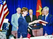 Bữa tiệc trong đêm lịch sử Mỹ bỏ cấm vận Việt Nam