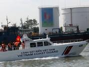 Cảnh sát biển Việt Nam đóng xuồng chống đạn