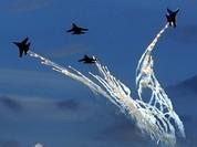 Đội bay nhào lộn Nga làm mãn nhãn khán giả