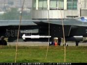 Trung Quốc bật mí về tên lửa PL-10 dành cho tiêm kích tàng hình J-20
