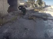 Video: Chiến tranh đường phố của quân đội Syria ở quận Layramoun, Aleppo