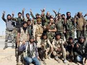 """Video: Quân đội Syria phản kích IS sau vụ Mỹ """"không kích nhầm"""""""