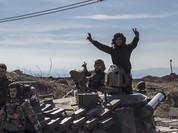Video chiến sự Syria: Tên lửa chống tăng thổi bay xe phiến quân, lính Syria và khủng bố đấu pháo