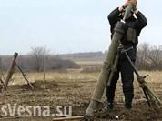 Donetsk hứng mưa đạn pháo, lính Ukraine sa bãi mìn