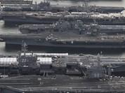 Tổng thống Mỹ bất ngờ rút toàn bộ tàu sân bay về quân cảng