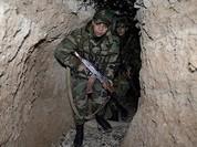 Vệ binh Syria bị phiến quân đánh bật khỏi thị trấn then chốt ngoại vi Damascus